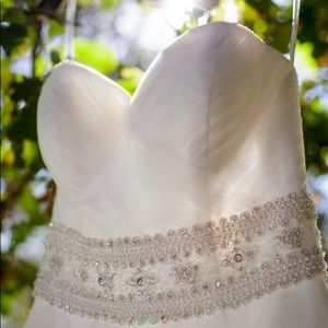 Oleg Cassini Wedding Dress with Beaded Belt 👰
